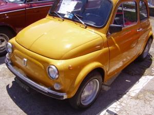 ジャッロ(黄色はイタリアでは人気色です)