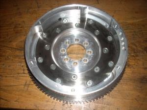 used 1st series aluminium flywheel wth 105 teth starter ring 4,5 kg