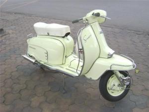 Lmabretta 150